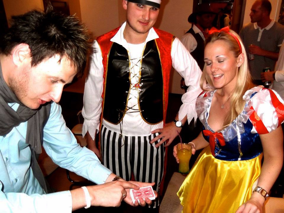 wedding magician staffordshire magician infiniti magic